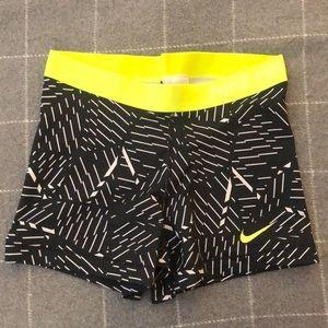 NWOT Nike Pro Shorts (8cm approx)